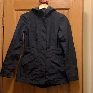 North face light weight jacket size small petite.
